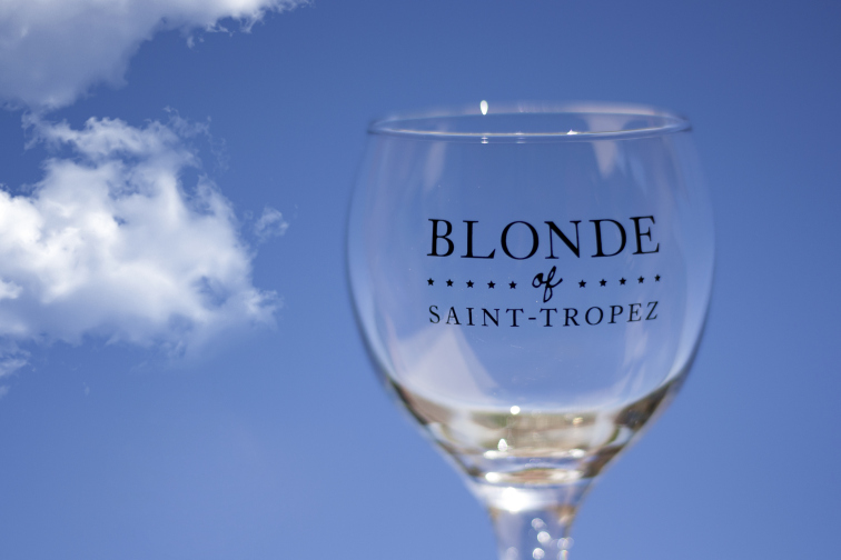 Glass of Blonde of Saint-Tropez